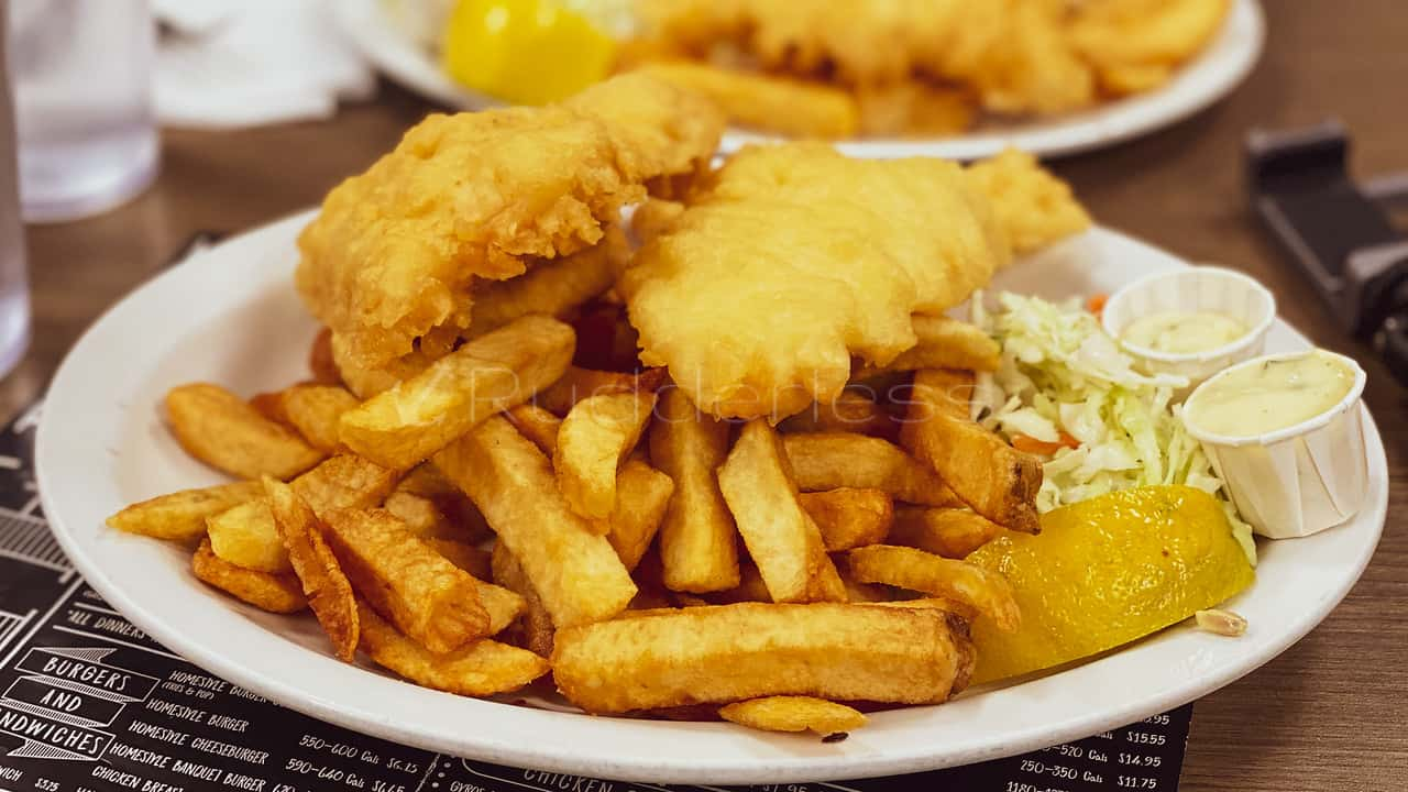 port perry restaurants on the water - Captain George Fish and chips
