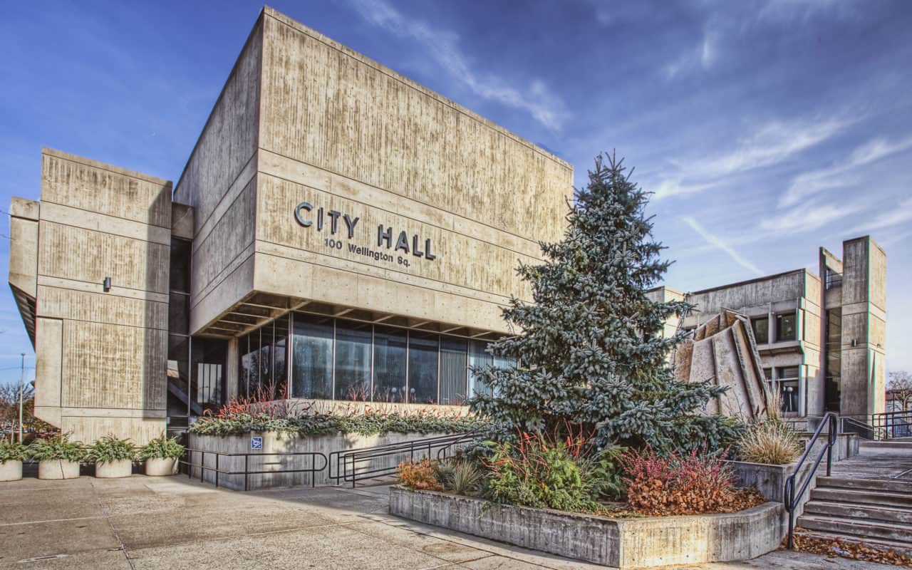 brantford history - city hall